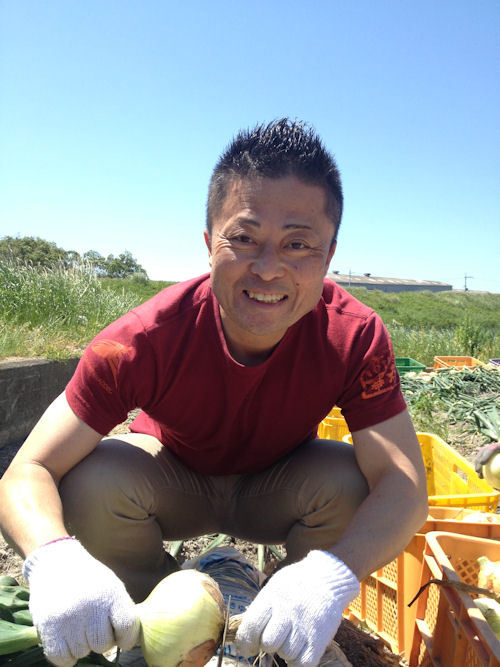 おいしい焼肉のたれ ランキング 焼き肉のたれレシピ おいしいぽん酢の情報ブログ!日本一おいしいたれを作りたい たれ番長の365日-泉州たまねぎの収穫を手伝っ 射手矢農園