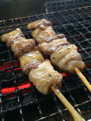 蔵尾ポーク炙りバラ串焼き
